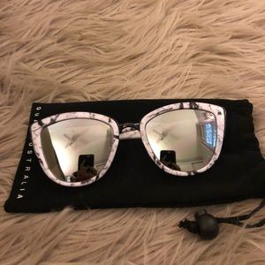 Quay My Girl Marble Sunglasses
